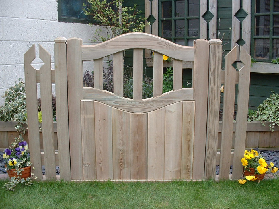 Garden Fencing Amp Gates Gallery Block Paving Amp Patios