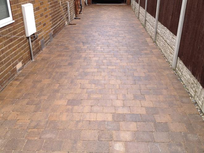 Pavings, Patio & Driveway Cleaning, Sealing & Repair