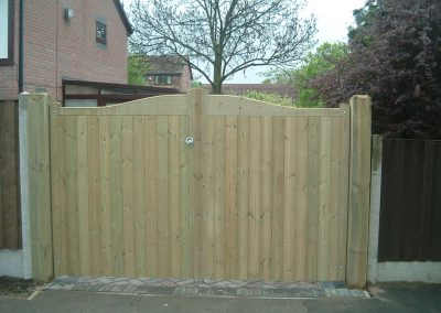 Garden gates installed in Pilley