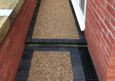 Resin boundary paths installed in Barnsley, South Yorkshire