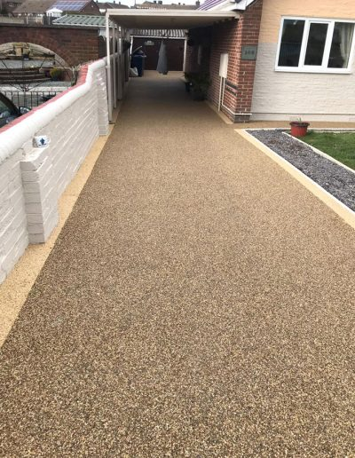 Resin Driveway with edge details