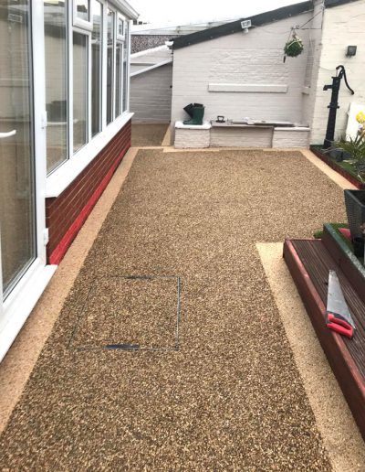 Resin patio with edge detail, Barnsley